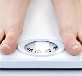 Misurazione del peso, dell'indice di massa corporea (test bioimpedenziometria) e della circonferenza vita